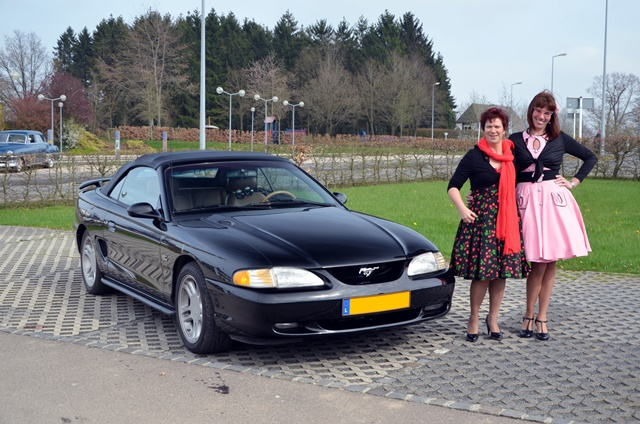 Danielle Asciovecchere   1995 Ford Mustang GT (1)